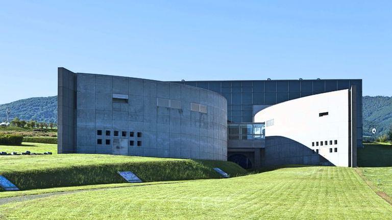 西村計雄記念美術館 「花鳥風月」|北海道の「今」をお届け Domingo -ドミンゴ-