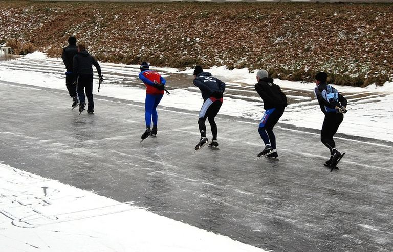 厚真町 町民スケートリンク|北海道の「今」をお届け Domingo -ドミンゴ-