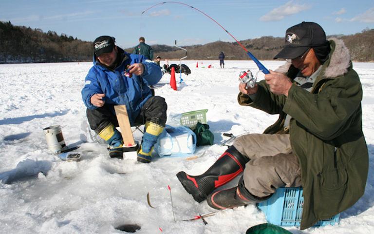 白老ポロト湖 ワカサギ釣り 北海道の「今」をお届け Domingo -ドミンゴ-