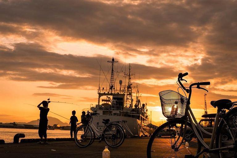 函館市の夕方の港 など【北海道ミライノート(32)】|Domingo