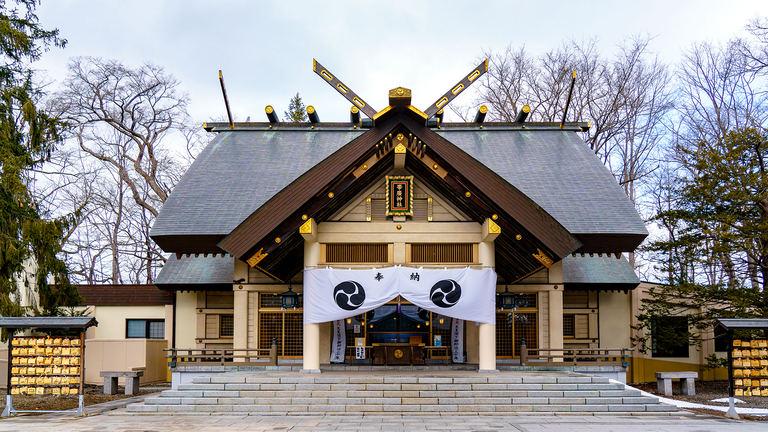 かわいいおみくじに御朱印帳も!緑豊かな「帯廣神社」に心和む Domingo