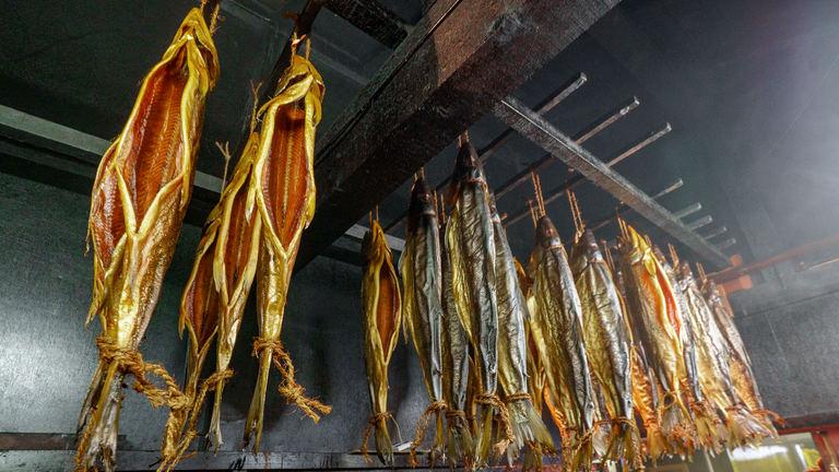 にしんやほっけ、鮭の燻製が絶品!「北海道ならでは」の燻製を食べるなら余市のここ! Domingo